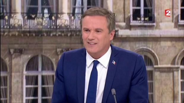 .@dupontaignan: «Nous avons signé un accord de gouvernement pour sauver la France. Je soutiendrai et je ferai campagne pour MLP.»  #NDA20h   _______ 28_04_2017.