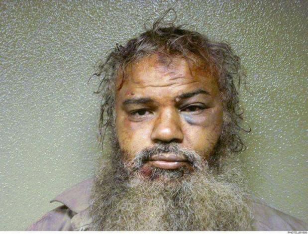 Une image dudirigeant Libyen organisationAnsar  Al-Charia#Ahmad_Bouchtalh_ battu et torturé  _ Prison US ___10_05_2017