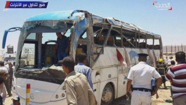 Daesh revendique   l'attaque terroriste qui a tué 29 Chrétiens Coptes en Egypte  __ 27_05_2017 _________ # URGENT #Terrorisme L'Etat Islamique appelle a «frapper» et à «tuer massivement» pendant le #Ramadan . #Egypte #Minya ________   _______________   #Egypte: Au moins 28 morts dans l'attaque d'un bus transportant des chrétiens   __________________________________   26_05_2017